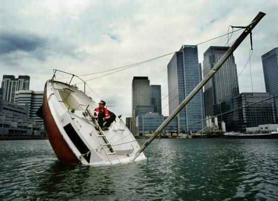 тонущая лодка