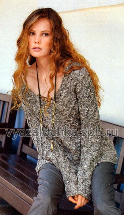 Меланжевый пуловер с косами