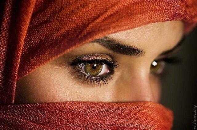 посмотри в мои глаза