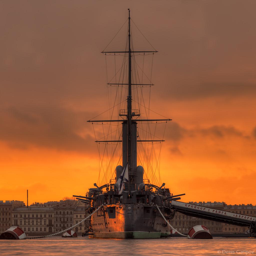 крейсер аврора, река нева, ноябрь, утро, рассвет, осень
