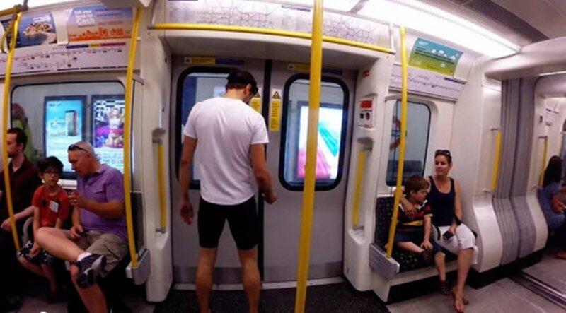 Видео: парень обогнал поезд лондонского метро 0 13c0fe 8fd4154e XL