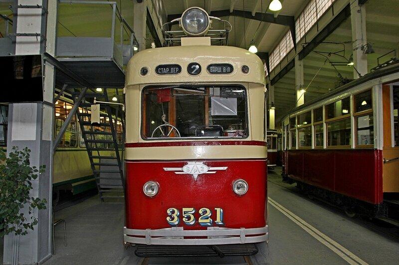 Трамвайный вагон ЛМ-47 №3521 («Слон») в музее городского электрического транспорта IMG_8715