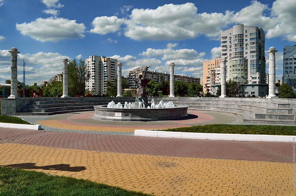 """фонтан """"Ника"""" Белгород, фото Sanchess"""