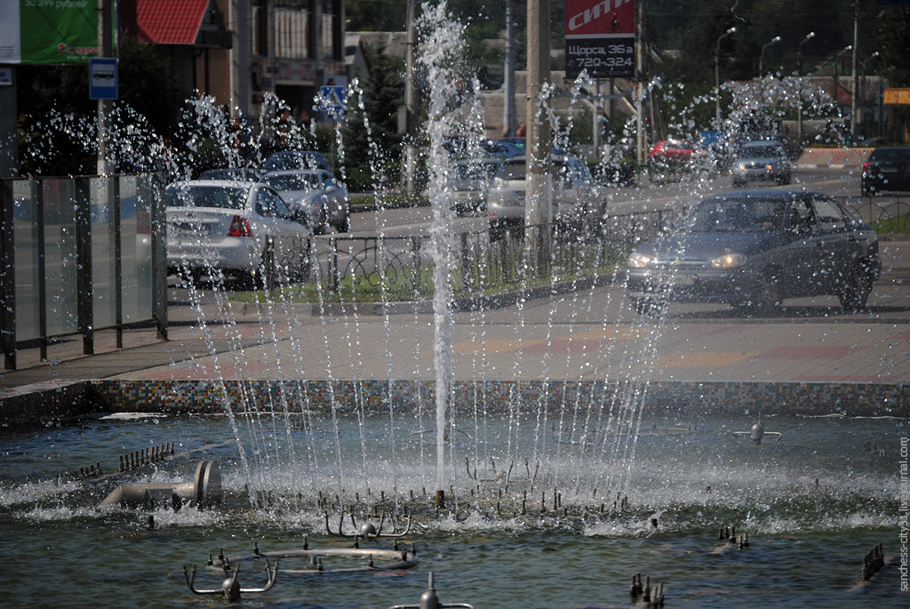"фонтан ""Спутник"", Белгород, фото Sanchess"