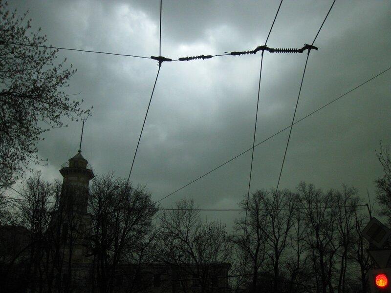 Зеленые облака над Москвой