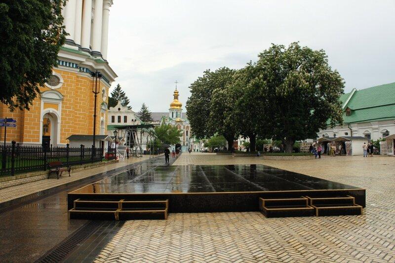 Подиум на Соборной площади