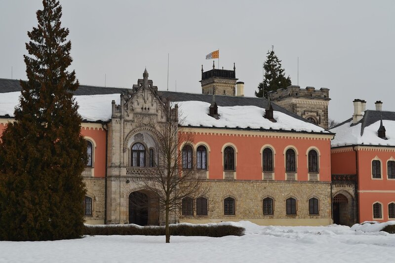 Замок Сихров - дом рода де Роган