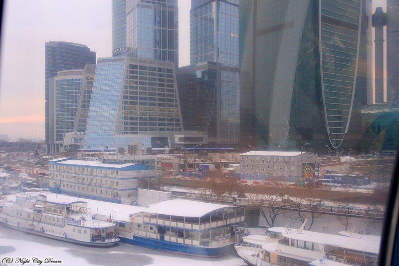 http://img-fotki.yandex.ru/get/4907/night-city-dream.82/0_430f0_32188844_XL.jpg