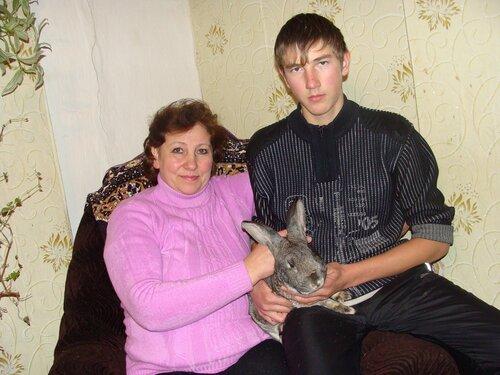 Надежда Петровна Розова с сыном