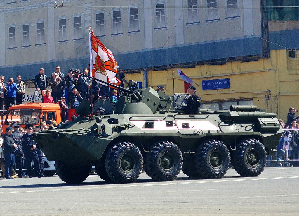 Parad75_BTR82.jpg