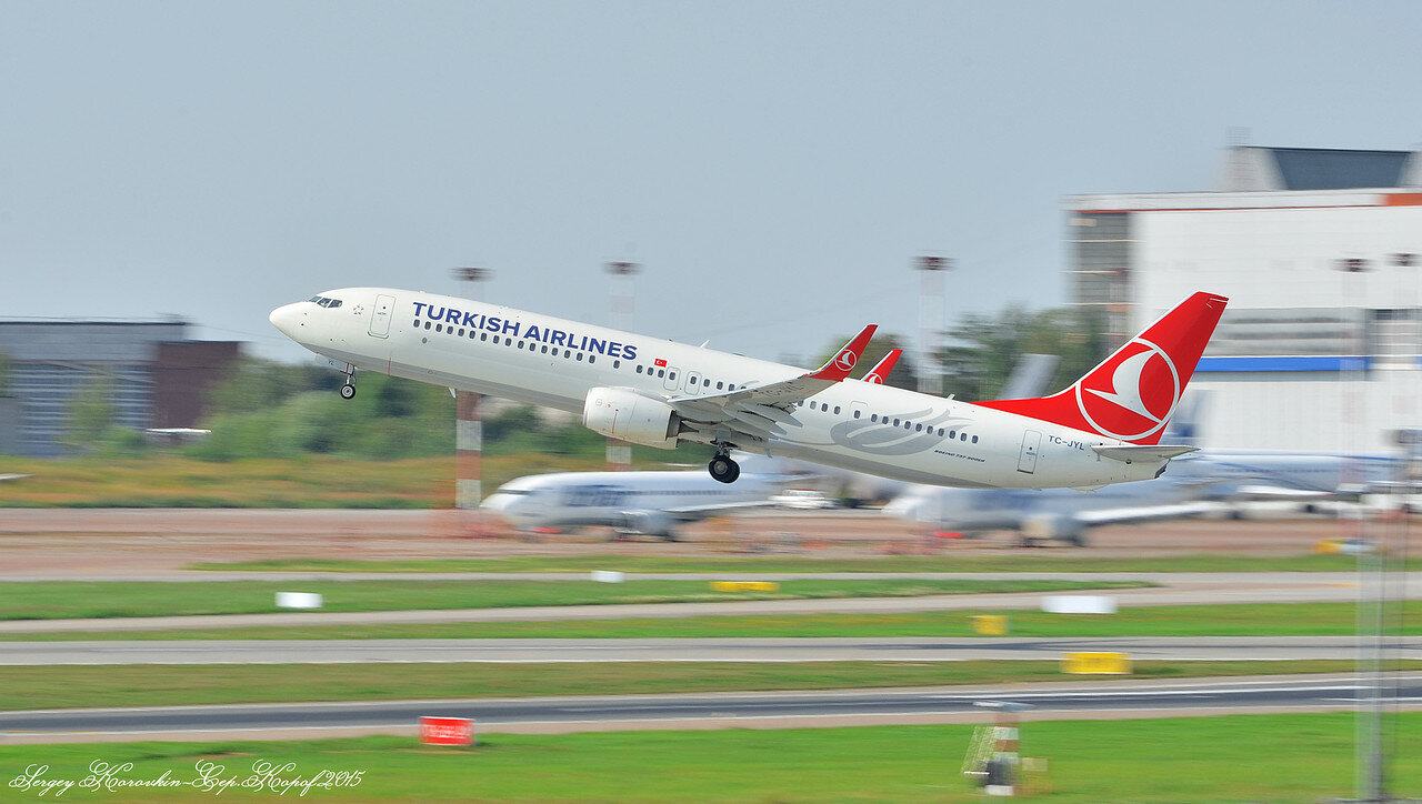 Boeing 737-9F2(ER) Turkish Airlines TC-JYL.JPG