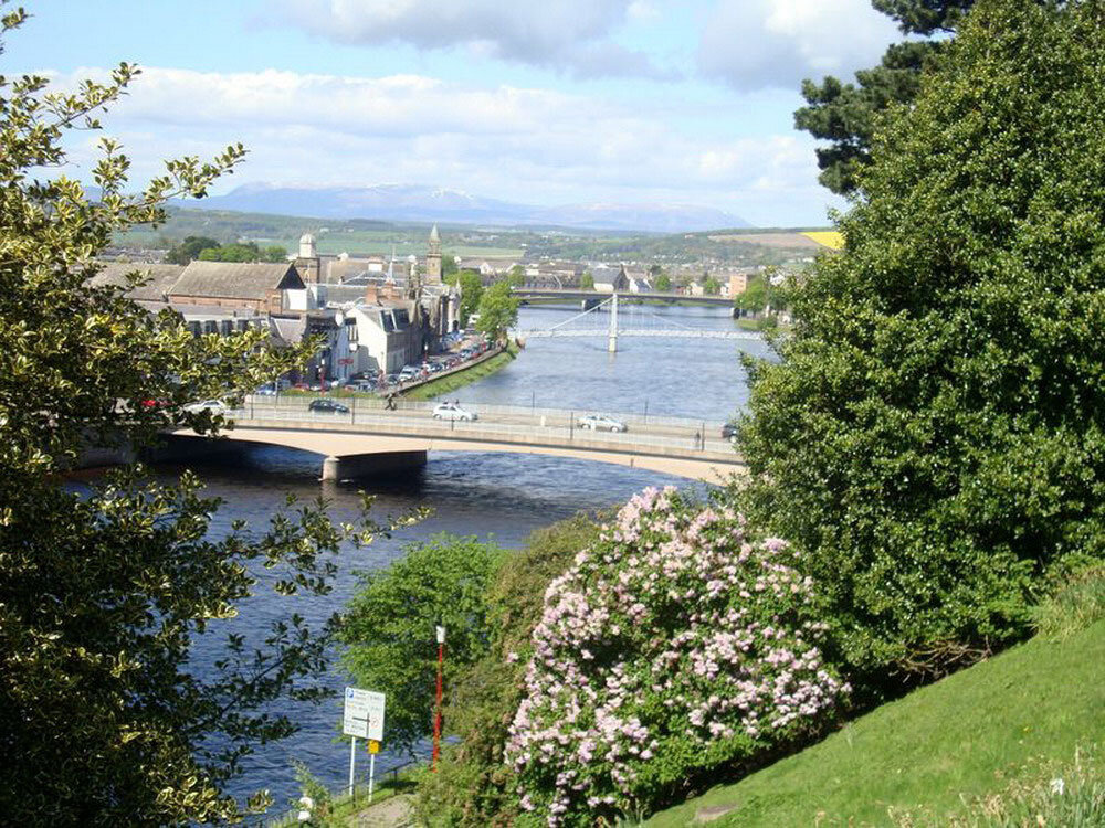inverness-greatbritain4_resize.jpg