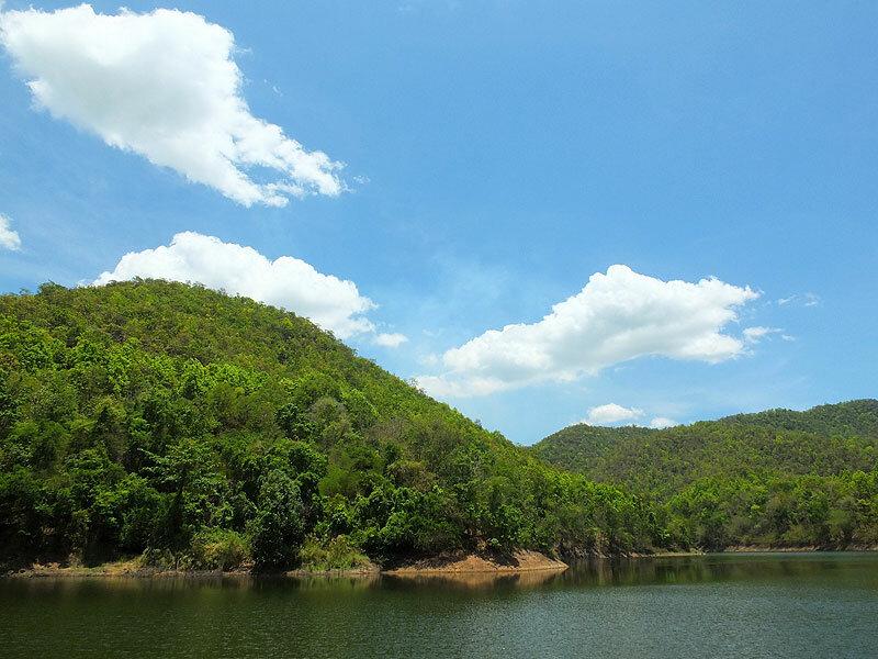Таиланд озеро около Дой Сакета