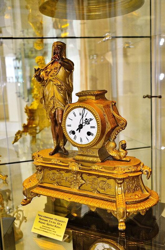 Часы каминные XIX века. Франция.