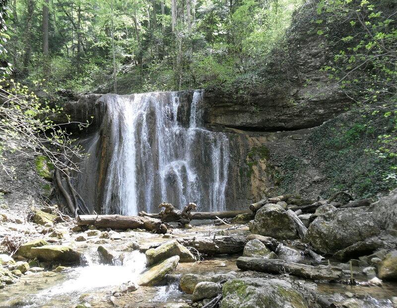 В горах, апрель 2012