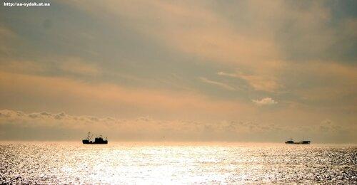 Корабли на рейде.