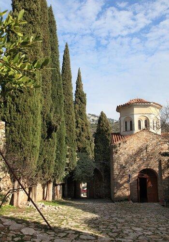 Греческая зима: византия, мозаики, монахи, коты