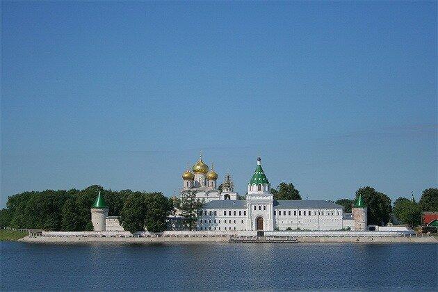 Свято-Троицкий Ипатьевский монастырь. Кострома