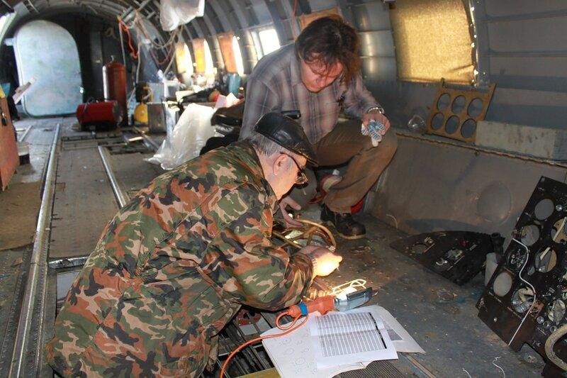 Восстановление электрики на Ил-14Т (Денис и мой папа)