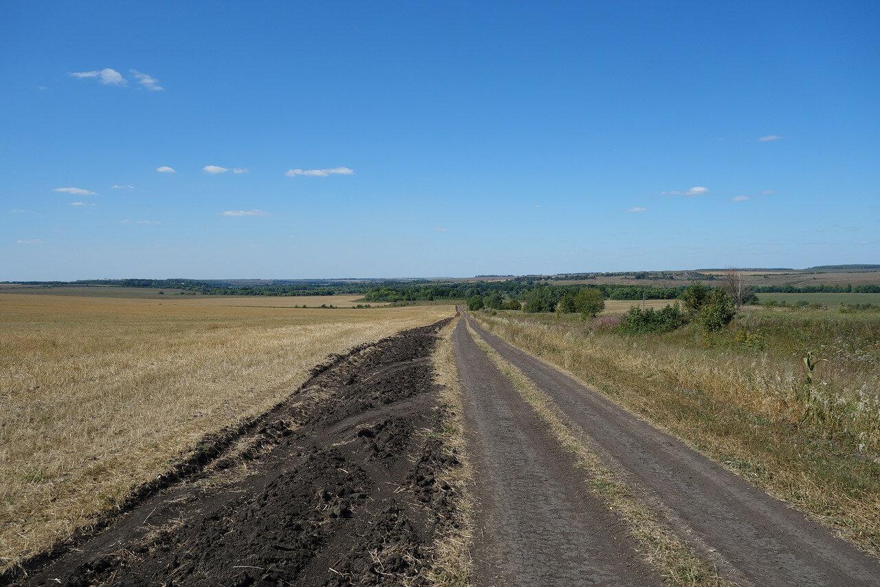 красивый спуск к Бегичево