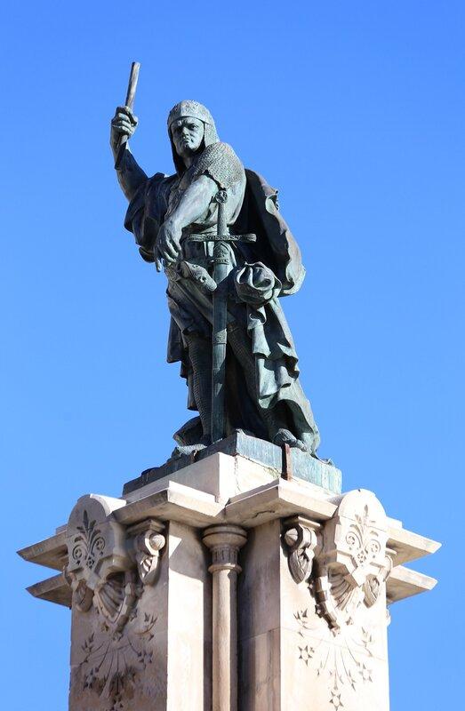 Таррагона. памятник арагонскому адмиралу Руджеро ди Лауриа, Rocher de Lauria monument, Tarragona