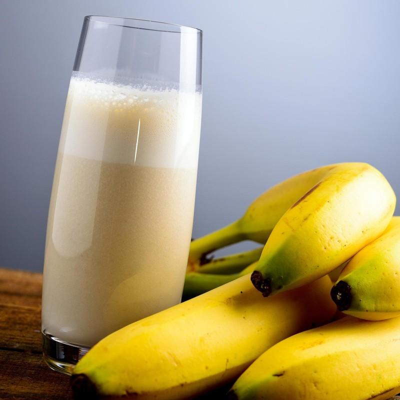 30. Полюбите молоко и бананы Молоко и бананы — это отличное сочетание, которое является не только вк