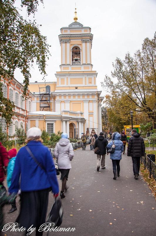 Памятник с крестом на просвет Кантемировская памятник подешевле Мценск
