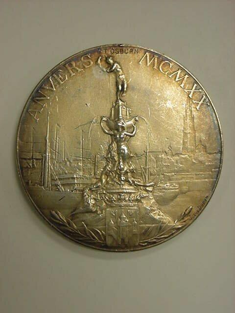 Олимпийская медаль. Золото