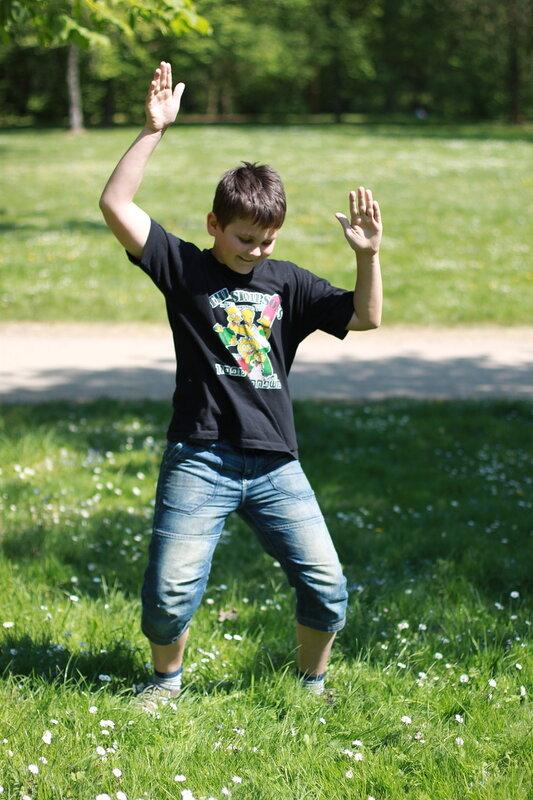 Алекс танцует. 10 лет 7 месяцев