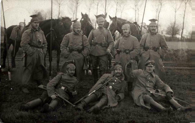 15UR6AK22-12-1916.jpg