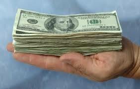 Столичного адвоката поймали со взяткой в восемь тыс евро
