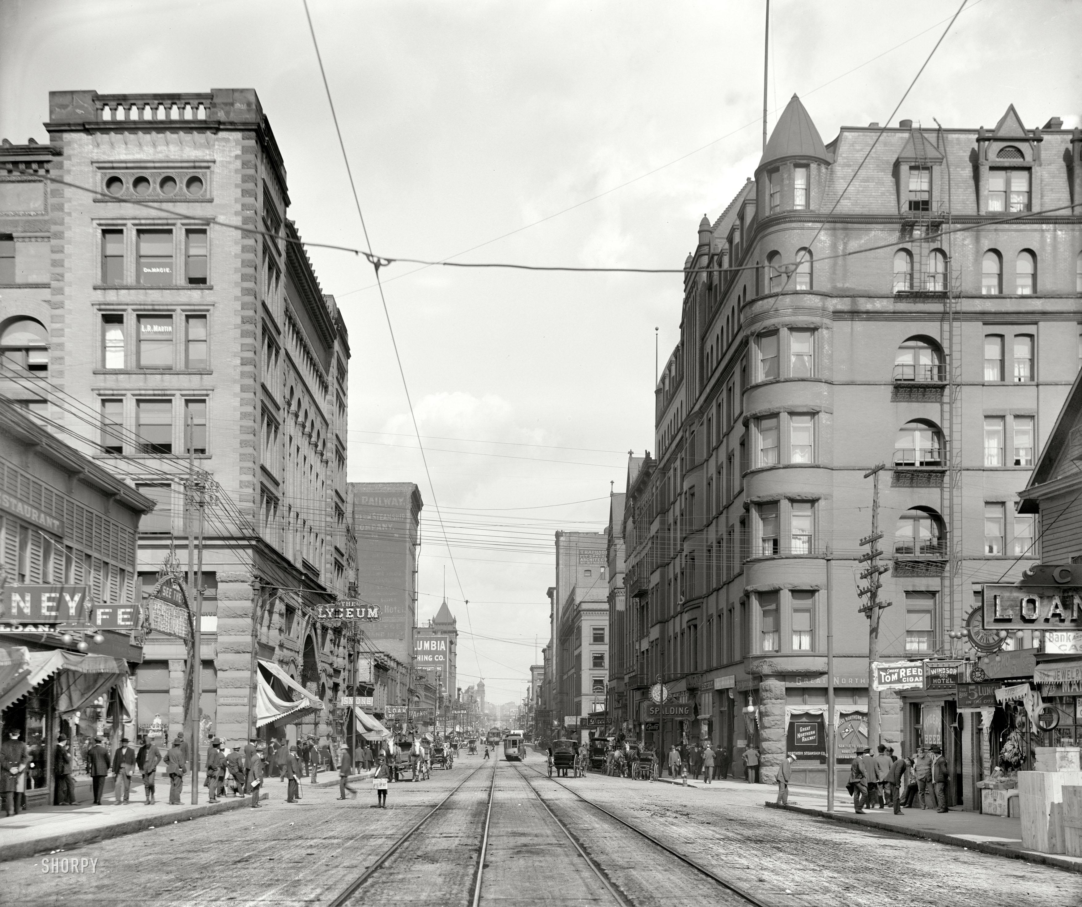St Francis Apartments Birmingham Al: Cuci Tingkap Bangunan Tinggi Amerika 100 Tahun Lalu