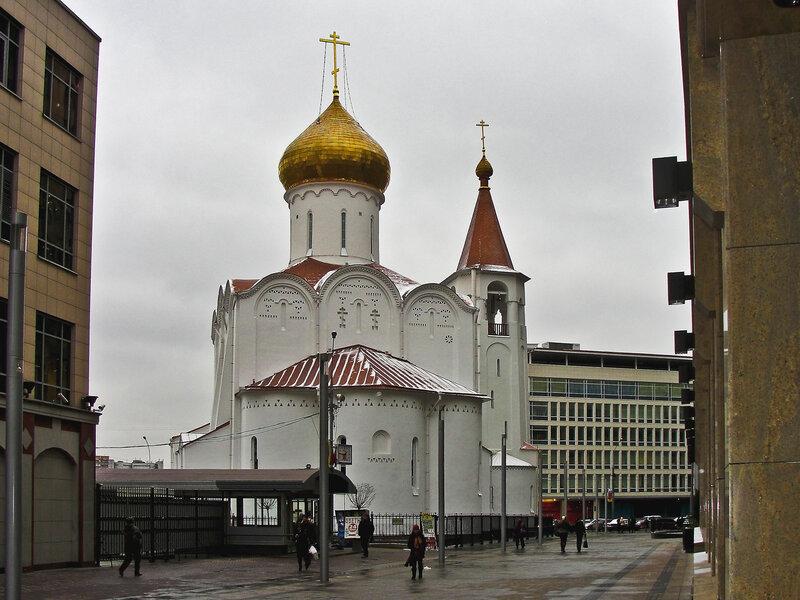 Церковь святого Николая Чудотворца около Белорусского вокзала.jpg