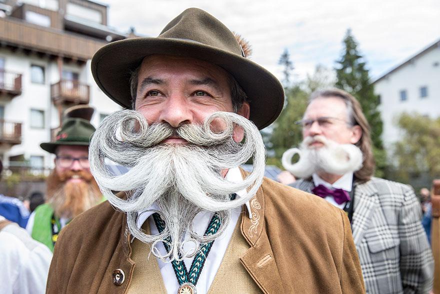 Самые эпичные усы и бороды на мировом чемпионате