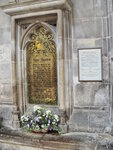 Jane_Austen_i_Winchester_Cathedral.JPG