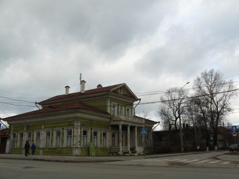 Ленинградская, 10