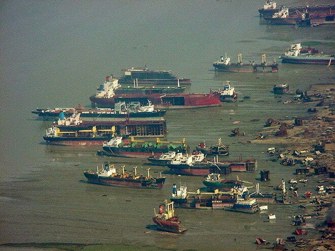 Свалка кораблей Читтагонг. Бангладеш