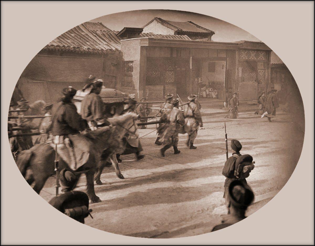 1902.  Возвращение императрицы Цыси в Пекин после подавления Ихэтуаньского восстания.