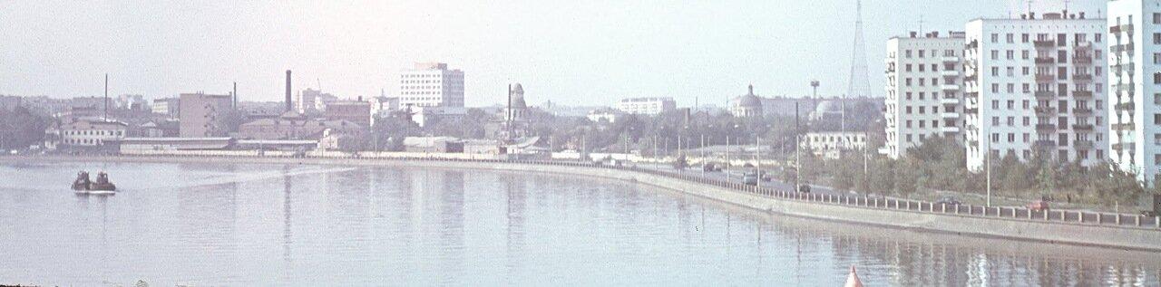 Даниловская набережная, Данилов монастырь.