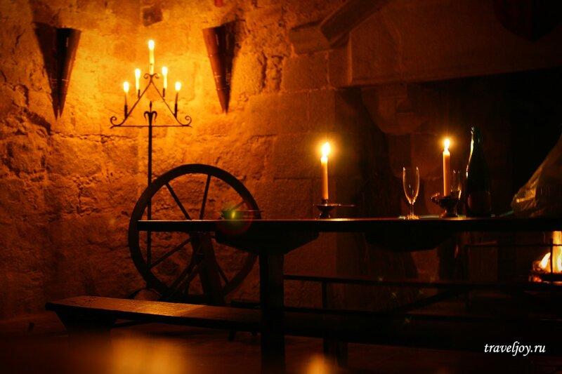 ночь в замке во Франции