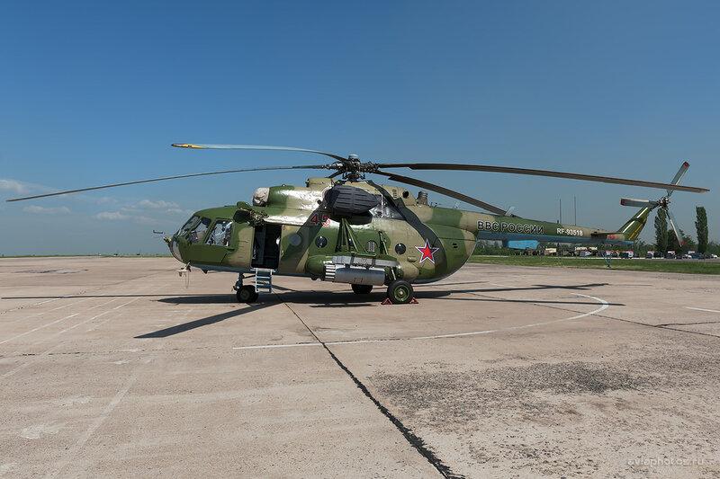 Миль Mi-8МТВ (RF-93518 / 45 Красный) D709092