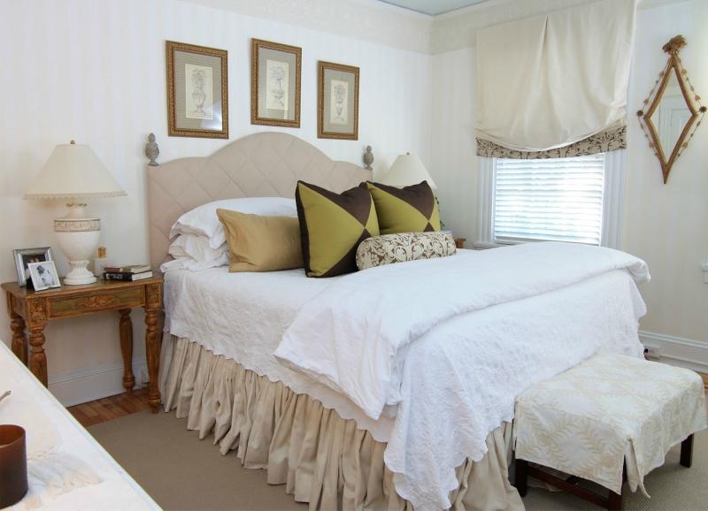 Белый цвет в интерьере спальни фото (2)