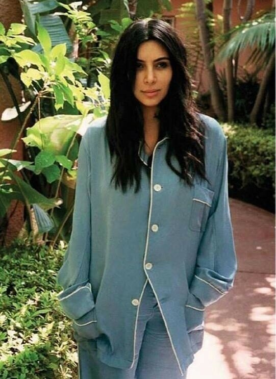 Kim-Kardashian-No-Makeup-Vogue-Spain-Photo-Shoot07-800x1444.jpg