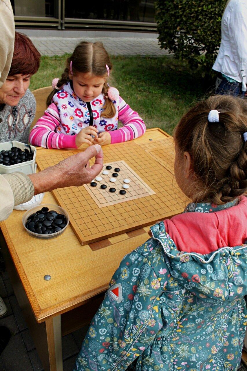 Игра в японские шашки