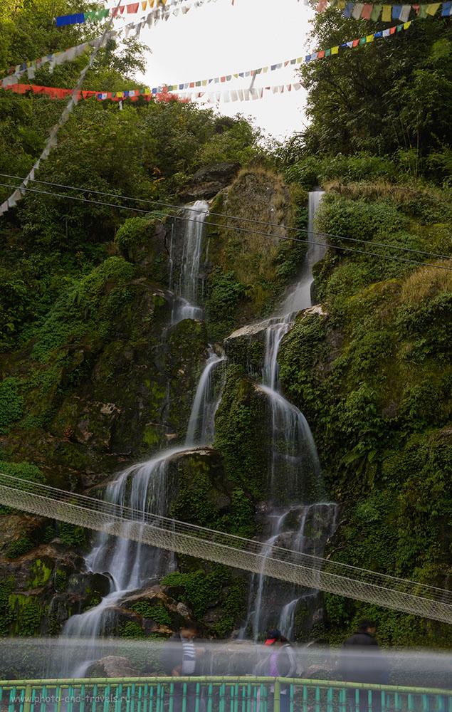 Фото21. ВодопадBakthang Waterfall– одна из достопримечательностей Гангтока. Поляризационный фильтр Hoya HD Circular-PL f/22.0, выдержка 1.3 секунды, ИСО 50, -1.0 EV, 48.