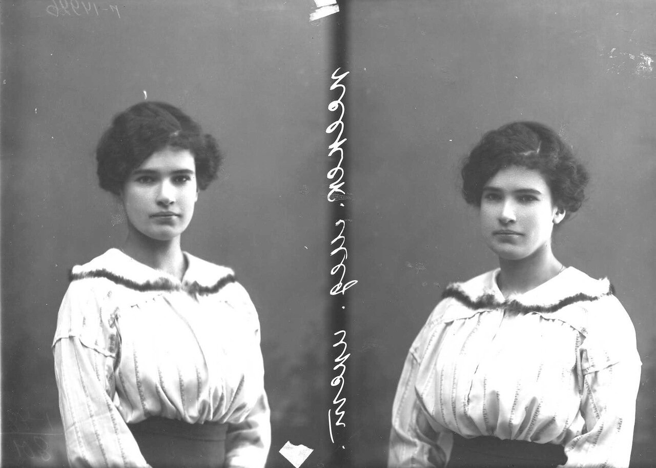 Колтышина - студентка женского медицинского института