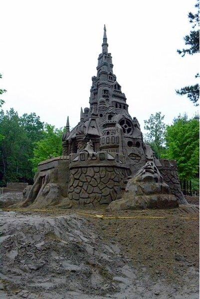 Самый высокий песчанный замок