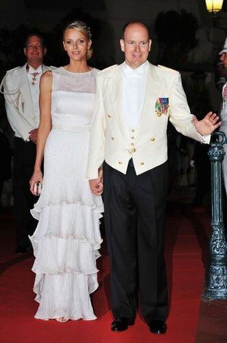 свадебное платье тюрнюр