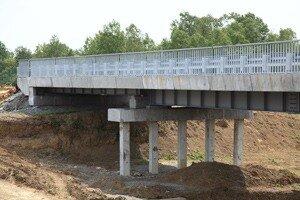 В аэропорту «Кневичи» завершены работы по строительству моста на патрульной дороге