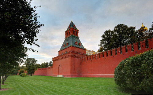 Московский кремль и его достопримечательности